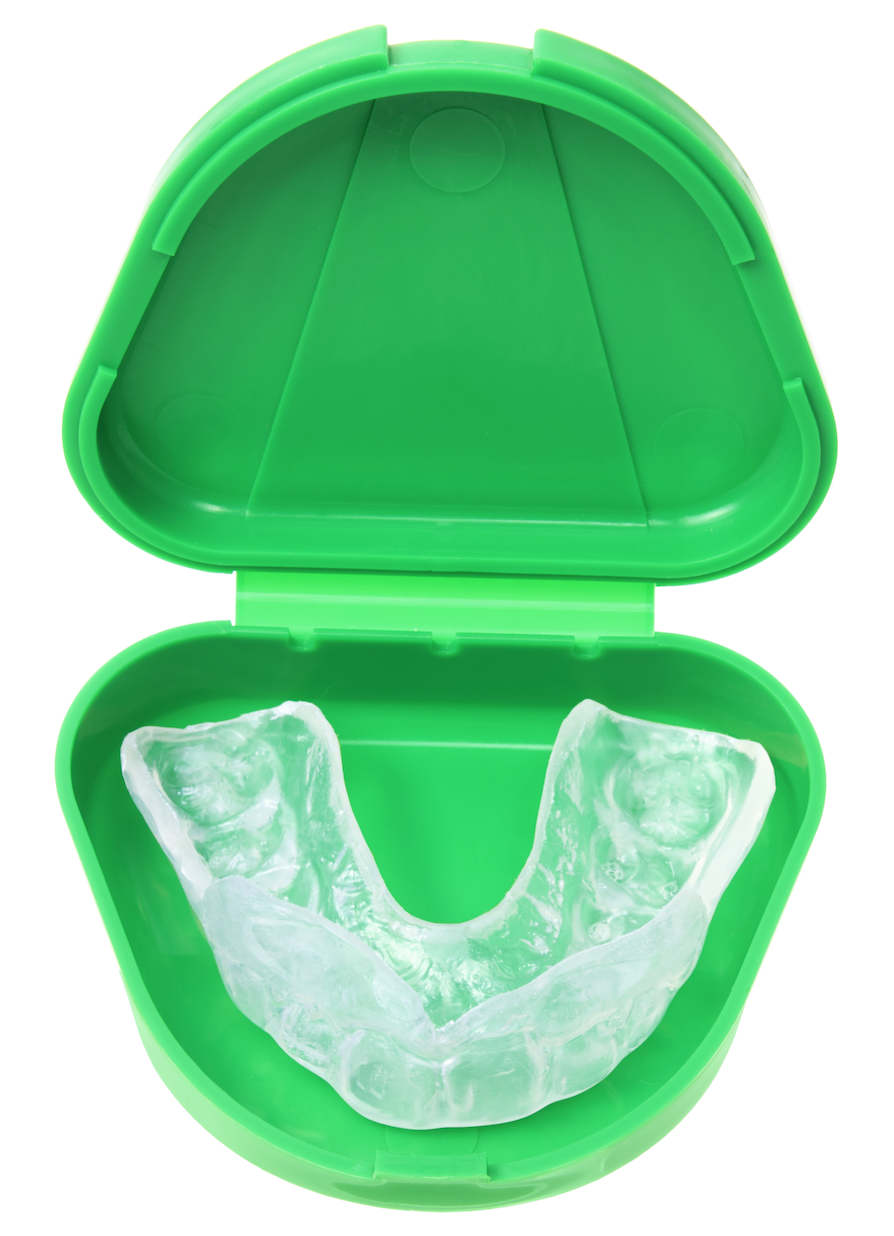 mouthguard to reduce braces pain